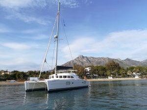 alquiler catamaran marbella